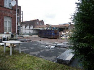 Démolition, acte 1. dans Au début demolition-032010-1-r-300x225