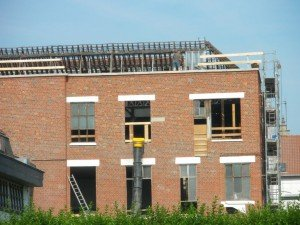 Pluie de tuiles et larmes de verre... dans Démolition loft-25062010-001-r-300x225