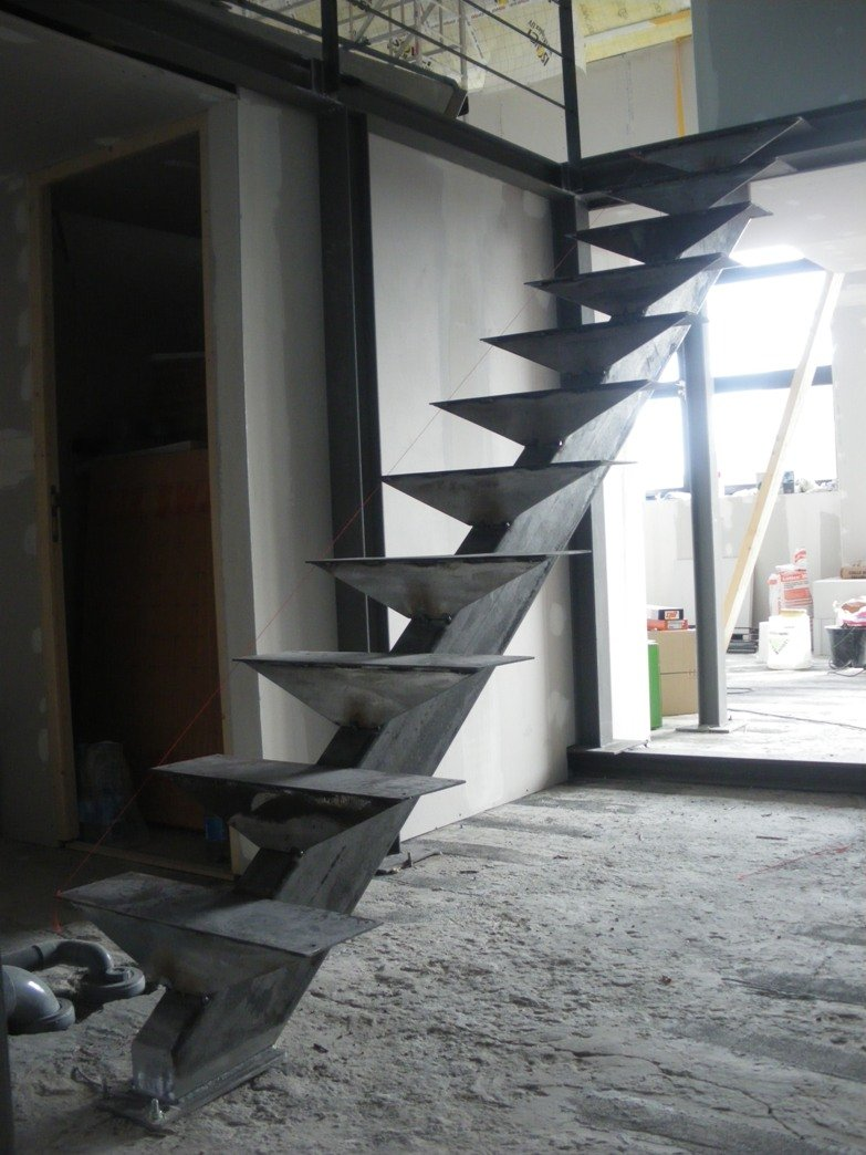Un Ch\'ti loft idéal » Archives du Blog » Notre escalier.