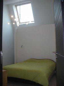 Les parents sont heureux, ils ont enfin leur chambre ! dans Les pièces Loft-14042012-003-R-225x300